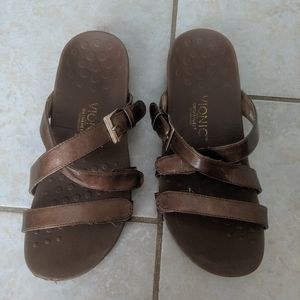 VIONIC - orthaheel  brown sandal